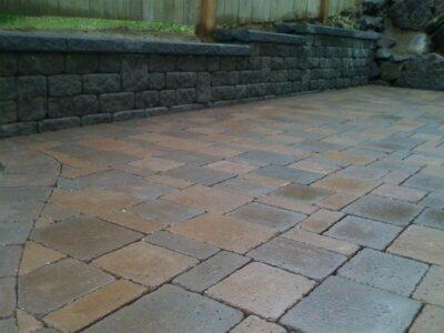 stone-patio-installations (1)