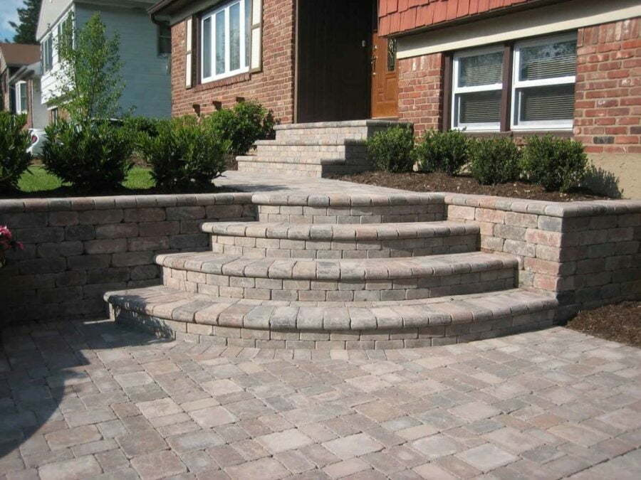 Stoop and Step Builders in Fairfax County